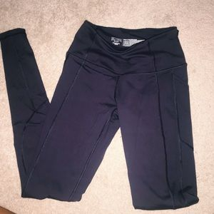 Victoria secret Sport purple leggings
